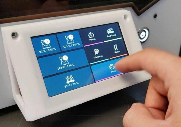 Ekran dotykowy OctoPrint: Jak dodać go do swojej drukarki